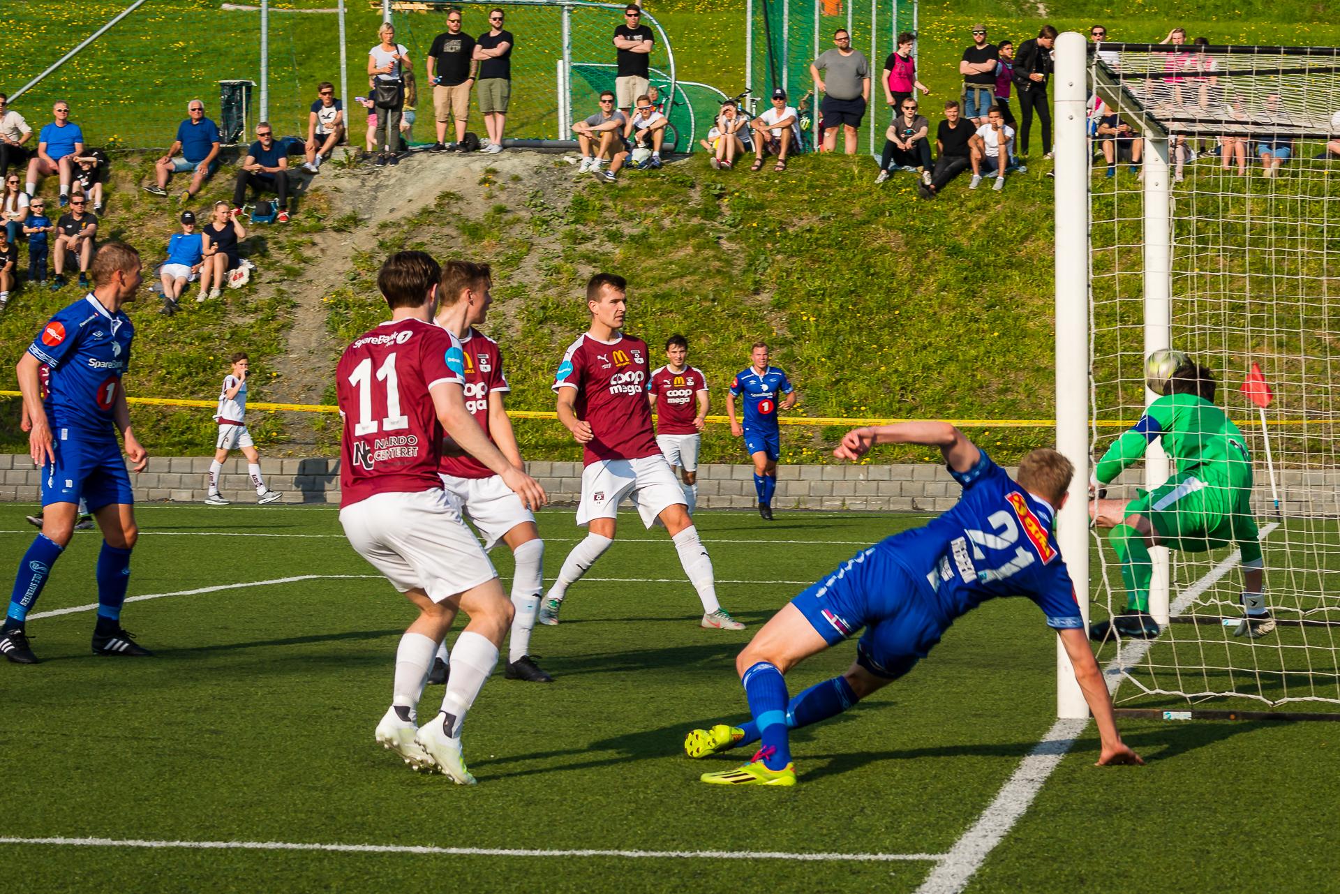 Torbjørn Heggem scorer det første målet for Ranheim i 3.runde mot Nardo